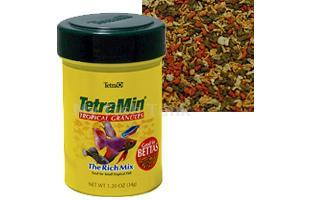 TetraMin Granules is a highly nutritious diet for small community fish or bettas. Slow sinking TetraMin Granules contains essential nutrients and added Vitamin C and does not cloud water when used as directed.